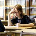 Стоит ли самостоятельно писать диплом или доверить дело профессионалам?